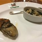 ラ・パペリーナ - 3月 牡蠣のオイル漬け ヨモギのポルペッティーニ、ノコヅチとこのわたのガーリックオイル