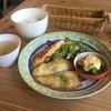 るらん - 料理写真:日替りランチ  白身魚のソテー塩バター ブロッコリーとミートソースのタルタル焼き  おいしく頂きました (*´ڡ`●)