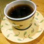麺屋紅葉 - サービスのチョコッとコーヒー