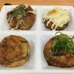 玉屋 - ソース・カレー・にんにく醤油・素焼き(左上から時計回り)