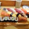 おひげ寿司 - 料理写真:1.5人前にぎり\1700(16-03)