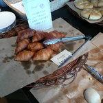 バールヴィータ - 食べ放題のパン