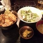 48676393 - 牡蠣丼セット!