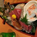 梵天食堂 - 料理写真:大漁舟盛り