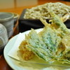 十割手打ちそば 美蕎 - 料理写真:天然海老と春菜天せいろ