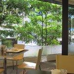 グランカフェ - レストランでは朝食からカジュアルなディナーまで楽しめますよ。