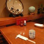 吉寅 - テーブル席