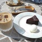 Cafe Celeste - ガトーショコラとバニラアイスとカフェオレ