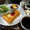 茶房山のうさぎ - 料理写真:モーニング¥400(税込)(2016/3現在)