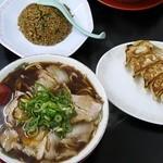 新福菜館 - Aセットと餃子