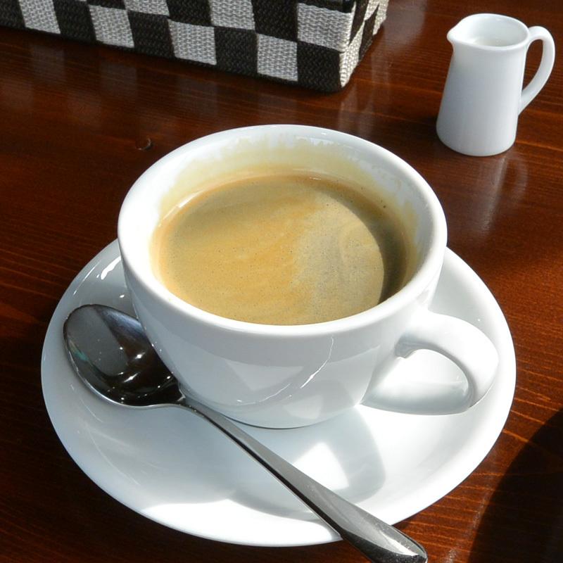 Cafe・アンプレシオン 岩西店