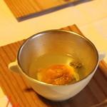 望洋樓 - 先付けのウニと蒸アワビ おだしの味が程よいです