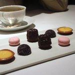 レストラン リューズ - 茶菓子
