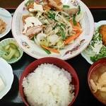 定食や おかだ - 定食や おかだ@つくば 野菜炒めと白身フライ定食 2015年6月