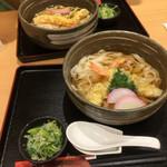 めん処きしめん亭 - 天ぷらきしめん 表面積が大きいので、意外と量があります。