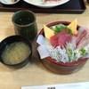 久慈浜 みなと寿し - 料理写真:海鮮地魚丼