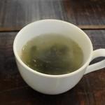 カフェ スマイル - わかめスープ