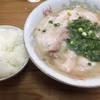 一九ラーメン - 料理写真:チャーシュー麺=700円 小めし=100円