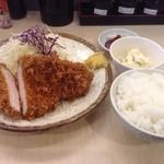 とんかつ 和栗 - ロースかつ定食