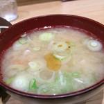 ゆう - 定食の味噌汁