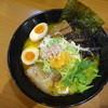 感麺道 - 料理写真:特製カニ味噌らーめん