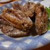 一恵 - 料理写真:ジューシー手羽先600円 写真は2人前