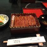花菱 - 鰻重 中 3300円税別