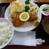 あらかわ食堂 - 料理写真:とんかつ定食