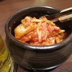李朝園 - 料理写真:サービスキムチ