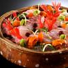 昭恋館 よ志のや - 料理写真:名港・間人漁港から水揚げされる新鮮な魚貝類を御造りでお召し上がり頂きます。より美味しく食べて頂けるように魚の種類によって切り方を変えたり旨味にこだわります。