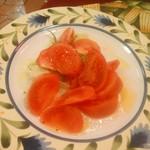 おしゃべり - トマトサラダ 680円
