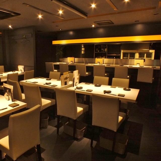 https://tabelog.ssl.k-img.com/restaurant/images/Rvw/49109/640x640_rect_49109575.jpg