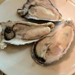 かき小屋フィーバー@BLUEJAWS - 生牡蠣 食べ放題