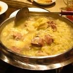 49153180 - 酸菜白肉鍋