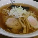 麺匠 玄龍 - 醤油ラーメン700円