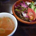 Las Nomadas - ランチセットのサラダ&スープ