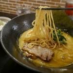49175111 - カレーラーメン麺リフト