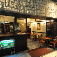 Vieni - 開放的な空間でお食事を楽しみいただけます