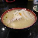 すし 銚子丸 - 味噌汁(あら汁)