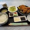 とんかつかつ屋 - 料理写真:カキフライとロースカツ定食。1350円。