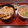 いろはや - 料理写真:カツ丼セット 950円(2016年3月)