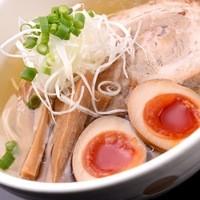 麺家しん - 塩味玉ラーメン
