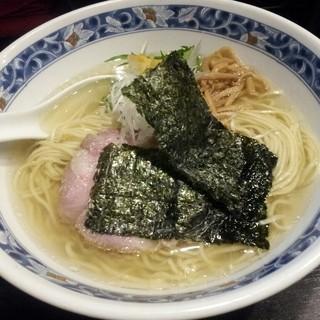 麺処 夏海 - 料理写真:豊穣清湯塩ラーメン  750円