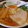 べんけい - 料理写真:べんけい・牛骨ラーメン醤油¥650(2016.04)