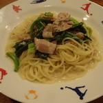 チャヤ - 青菜とベーコン(クリームソース) 890円