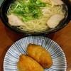 モリス - 料理写真:中華そば630円、いなり寿司120円