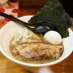 Inoue - 料理写真:特製ラーメン900円