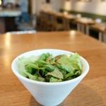 ピッツェリア アネッロ - 野菜サラダ