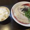 らーめん武蔵 - 料理写真:ランチメニュー らーめん+白飯=600円