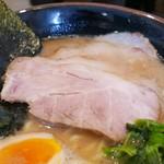 麺家 あくた川 - レアチャーシュー